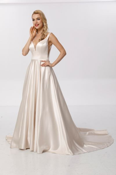 Available in Ivory, Champagne & White